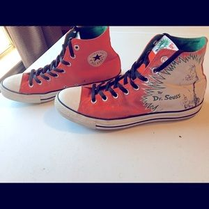 Dr. Seuss Men Converse